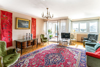 A VENDRE APPARTEMENT NANTES SAINT-DONATIEN Type 6 - Ascenseur, cave et parking