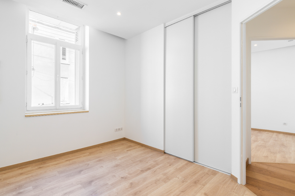 A VENDRE NANTES GARE NORD COULMIERS  APPARTEMENT TYPE 3 5/6